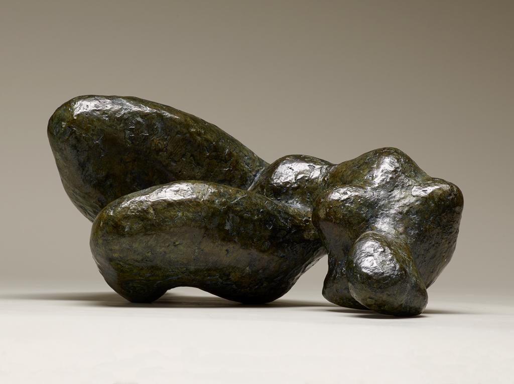 Femme couchée, 32x27x17, bronze, 2008. Nathalie Garidou
