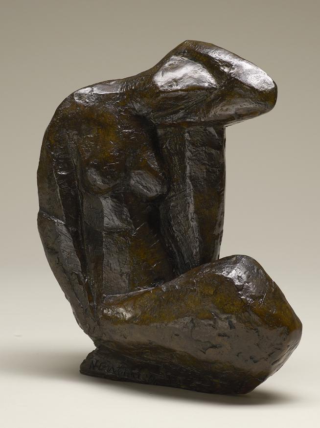 La mère, 32 x 23 x 11 cm, bronze, 2006. Nathalie Garidou